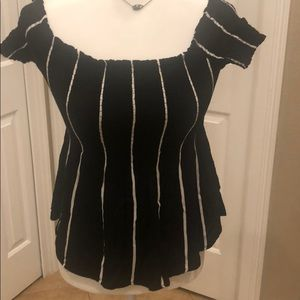 Kendall & Kylie ruched black & white striped top